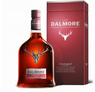 The Dalmore Cigar Malt With Two Whisky Glasses